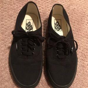 "Vans ""Authentic"" black on black"